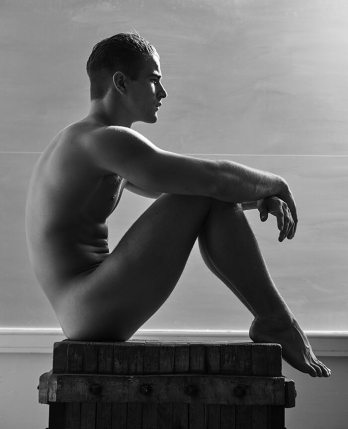 mariano_vivanco_portraits_nudes_flowers-39